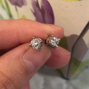 💎 1/2 Carat Diamond Studs